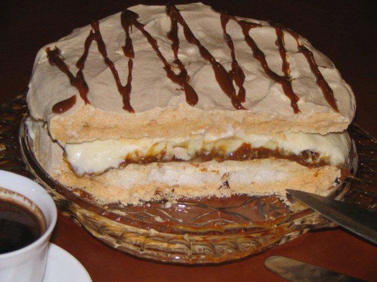 7549948642fc11 beza bursztynowa Ciasto składa się z kilku warstw:… na Stylowi.pl