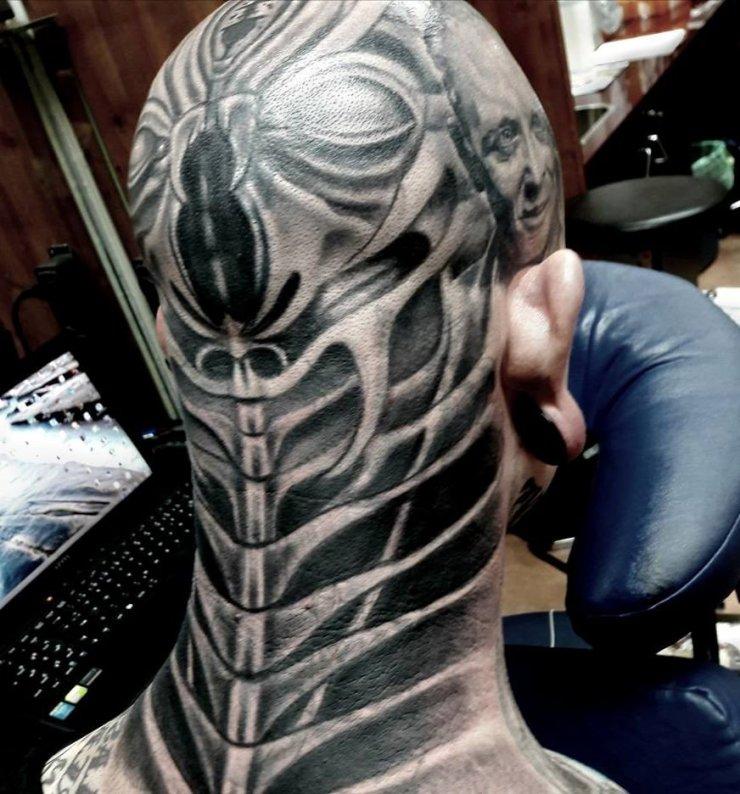 Biomechaniczne Tatuaże Na Głowie Na Stylowipl
