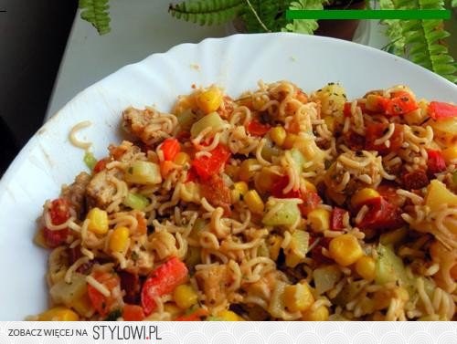 Salatka Z Zupek Chinskich Skladniki 5 Zupek Chi Na Stylowi Pl