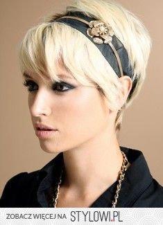 Krótkie Włosy Podkreślone ładną Opaską Piękna Zadban Na