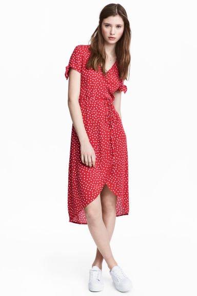 3af9868e Kopertowa sukienka z krepy - Czerwony/Kropki - ONA | H&… na Stylowi.pl