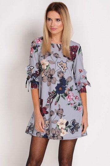 f4772c2f179d89 AVARO Trapezowa sukienka w kwiaty SU-1214, Kobieta Odzi… na Stylowi.pl