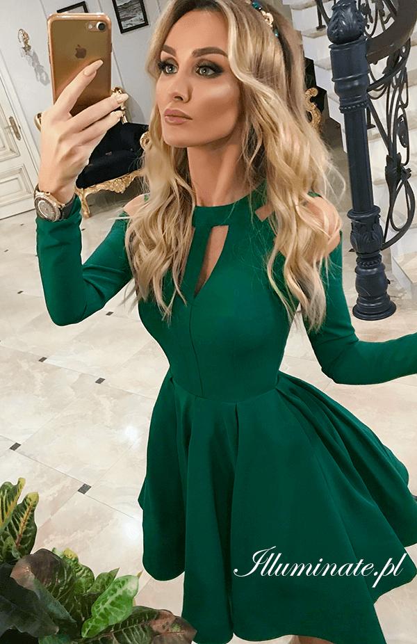 13400c7f96 Rozkloszowana sukienka w kolorze butelkowej zieleni ZAI… na Stylowi.pl