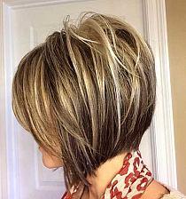 Krótkie Fryzury Z Grzywką Dla Włosów Za Ucho 30 Super Na