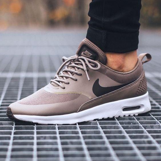 Nike Sportswear AIR MAX THEA Tenisówki i Trampki irondark